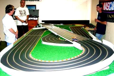 4 lane slot car track layouts online casinos willkommensbonus ohne einzahlung